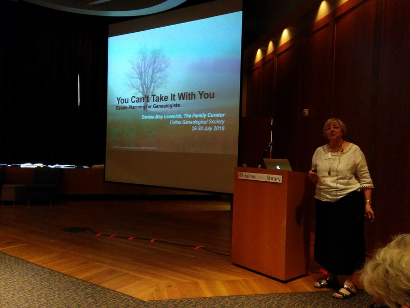 Denise Levenick presenting the Dallas Genealogical Society Summer Seminar